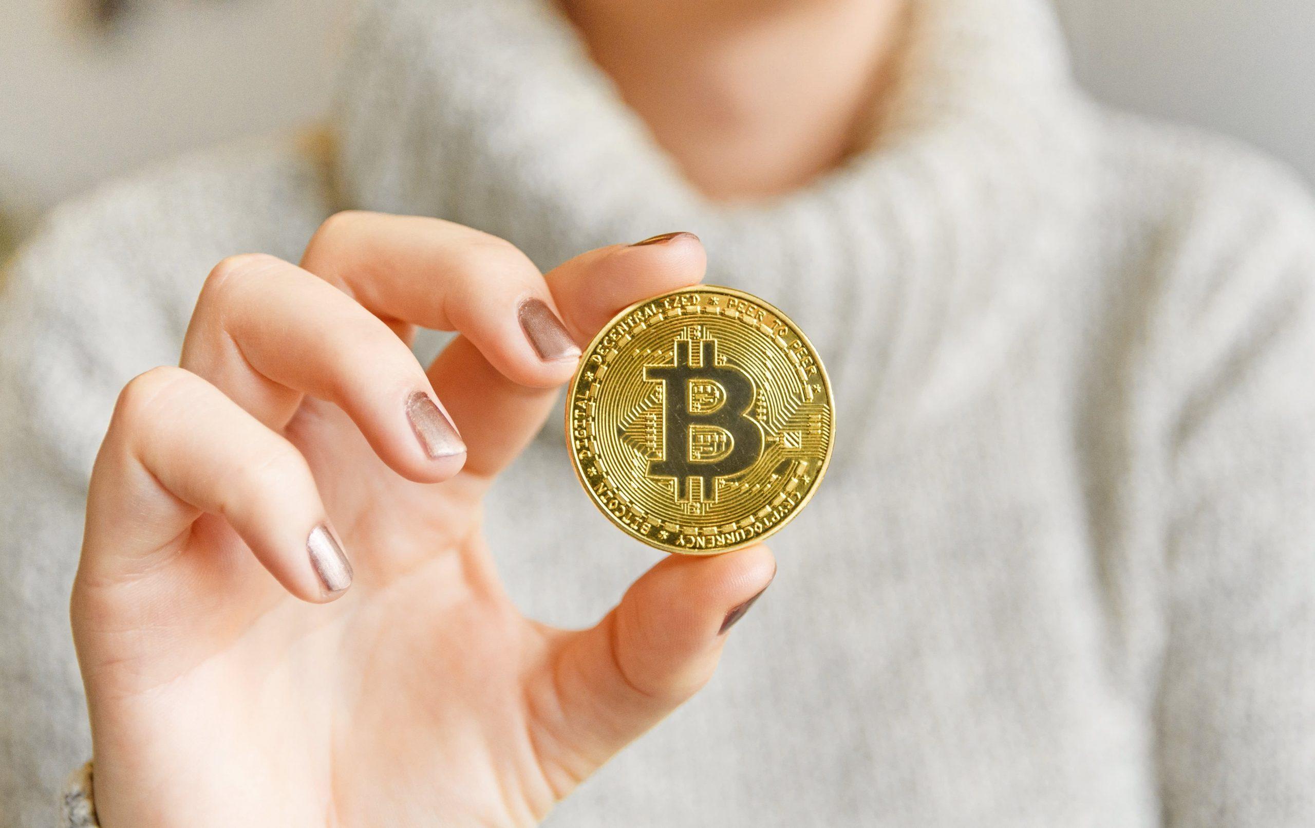 Bitcoin Giảm 14% Ngày 19/04