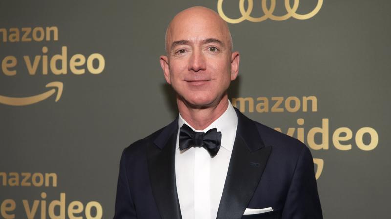 Jeff Bezos Từ Chức CEO: Cổ Phiếu Amazon Có Bị Ảnh Hưởng?